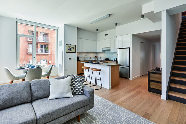 2 Bedrooms, Astoria Rental in NYC for $4,396 - Photo 1