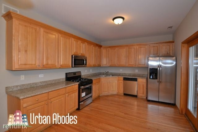 3 Bedrooms, Buena Park Rental in Chicago, IL for $2,195 - Photo 1