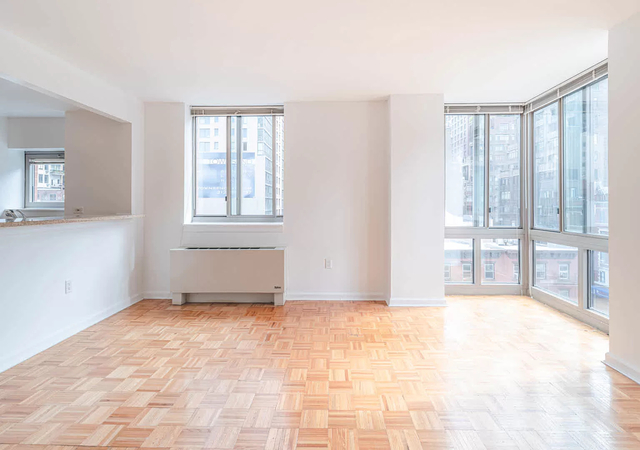 1 Bedroom, Hell's Kitchen Rental in NYC for $3,543 - Photo 1