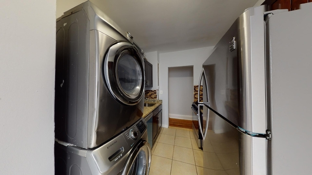 2 Bedrooms, Washington Heights Rental in NYC for $2,275 - Photo 1