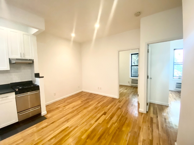 3 Bedrooms, Back of the Yards Rental in Chicago, IL for $3,750 - Photo 1