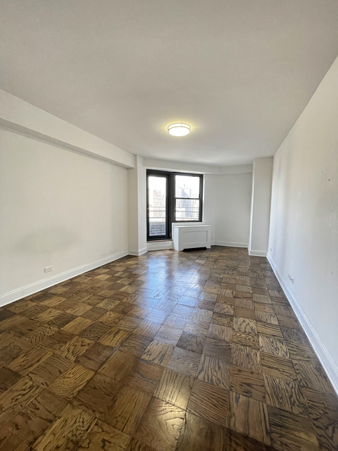 1 Bedroom, Yorkville Rental in NYC for $4,950 - Photo 1