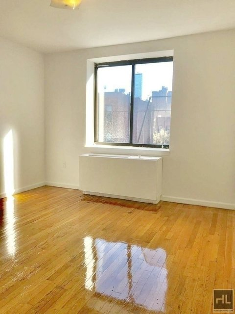 Studio, Hell's Kitchen Rental in NYC for $1,975 - Photo 1