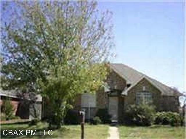 3 Bedrooms, Creek Crossing Estates Rental in Dallas for $1,875 - Photo 1