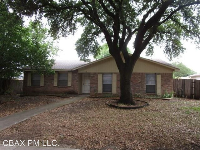 3 Bedrooms, Park Forest Rental in Dallas for $1,795 - Photo 1