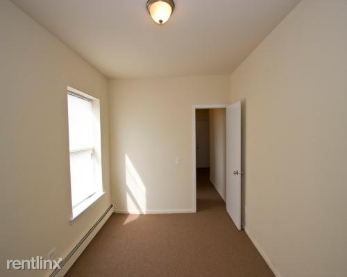2 Bedrooms, Grand Boulevard Rental in Chicago, IL for $1,350 - Photo 1