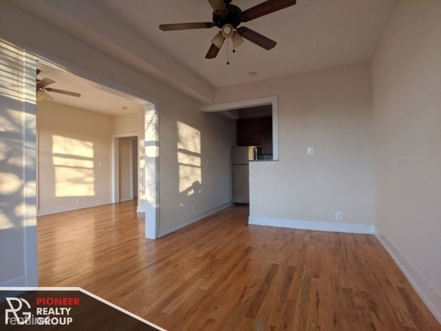 2 Bedrooms, Wrigleyville Rental in Chicago, IL for $2,050 - Photo 1