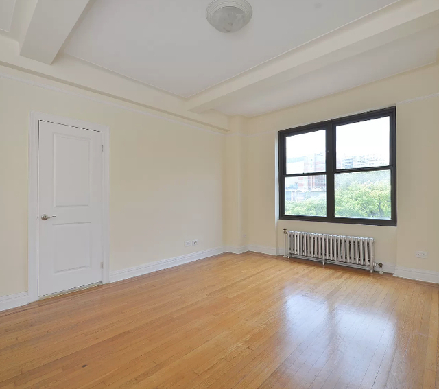 Studio, East Village Rental in NYC for $3,150 - Photo 1