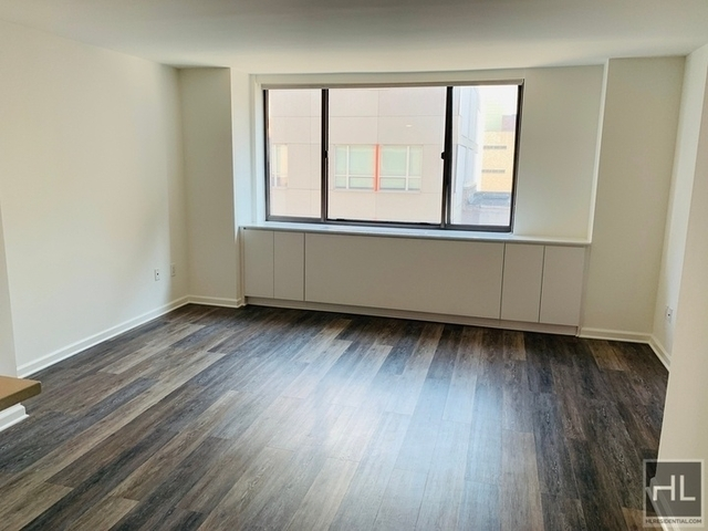 Studio, Hell's Kitchen Rental in NYC for $3,255 - Photo 1