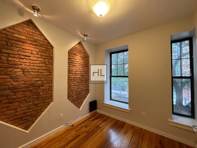 3 Bedrooms, Clinton Hill Rental in NYC for $3,000 - Photo 1