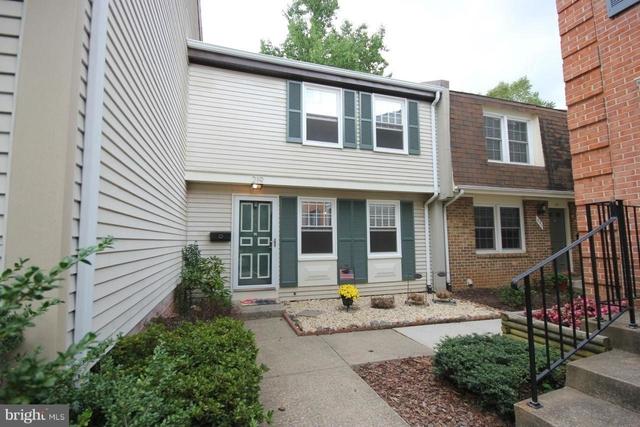 3 Bedrooms, Falls Church Rental in Washington, DC for $2,750 - Photo 1