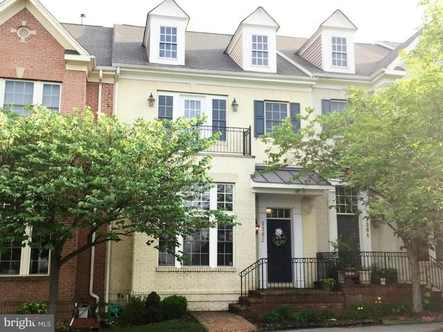 3 Bedrooms, King Farm Rental in Washington, DC for $3,190 - Photo 1