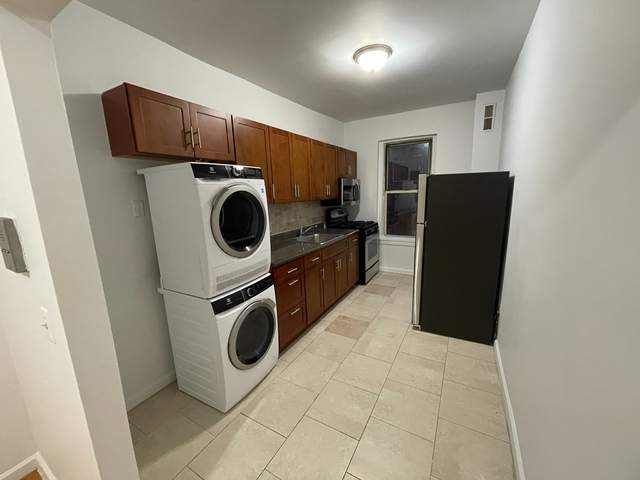 3 Bedrooms, Inwood Rental in NYC for $2,899 - Photo 1