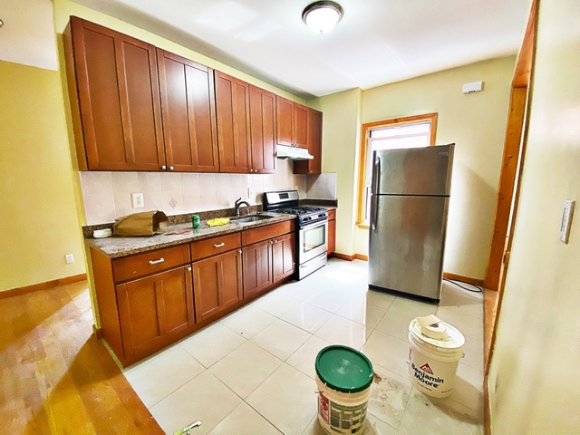 3 Bedrooms, Bay Ridge Rental in NYC for $2,295 - Photo 1