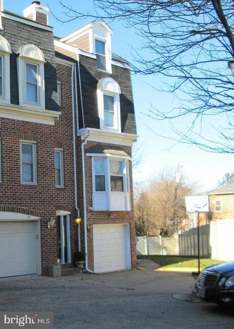 3 Bedrooms, Courtland Manor Condominiums Rental in Washington, DC for $3,200 - Photo 1
