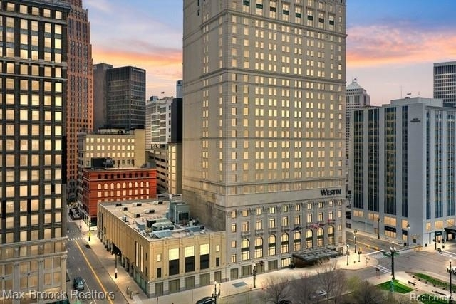 2 Bedrooms, Downtown Detroit Rental in Detroit, MI for $3,000 - Photo 1