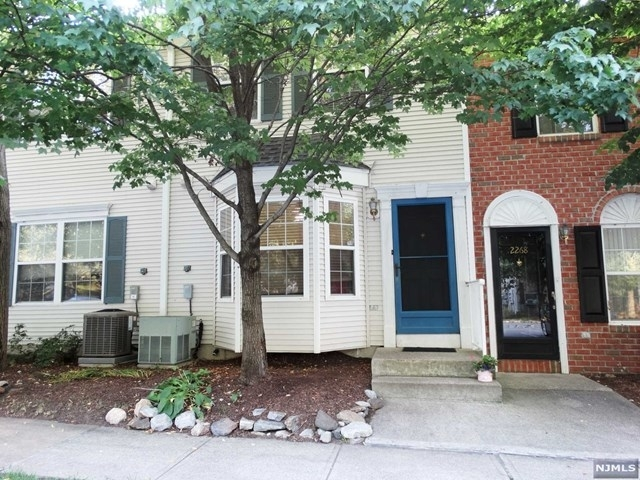 2 Bedrooms, Bergen Rental in Mount Pleasant, NY for $2,700 - Photo 1