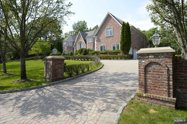 6 Bedrooms, Bergen Rental in Mount Pleasant, NY for $11,000 - Photo 1