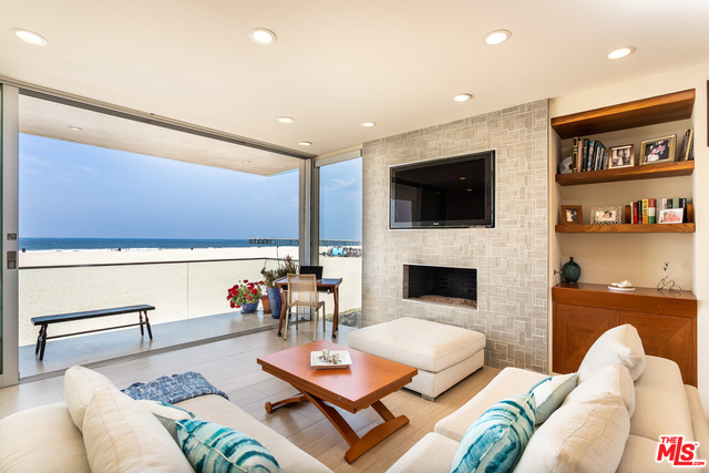 2 Bedrooms, Marina Peninsula Rental in Los Angeles, CA for $10,500 - Photo 1