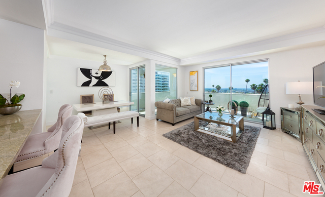2 Bedrooms, Hollywood Hills West Rental in Los Angeles, CA for $5,495 - Photo 1