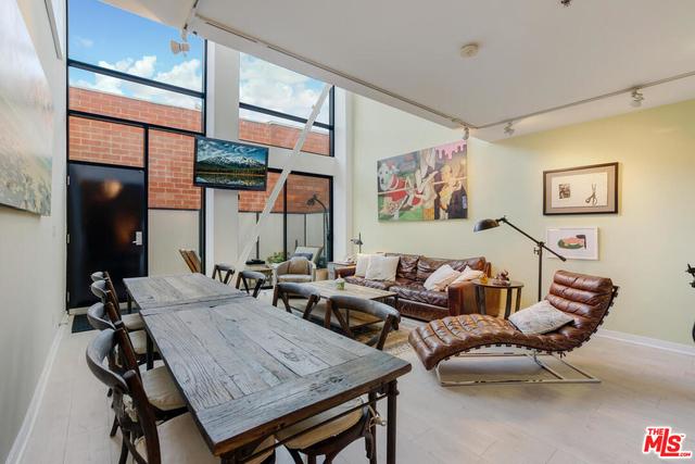 3 Bedrooms, Oakwood Rental in Los Angeles, CA for $7,500 - Photo 1