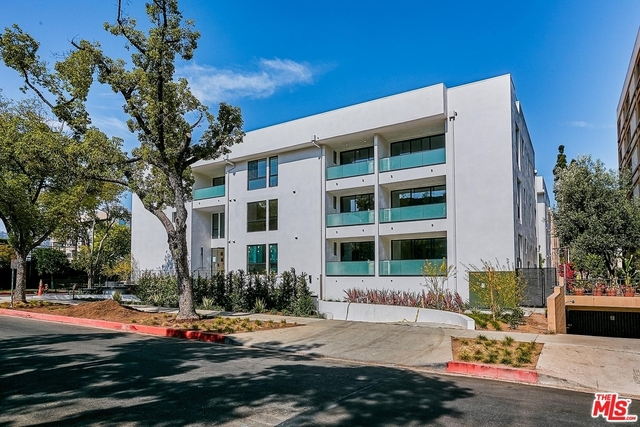 2 Bedrooms, Beverly Hills Rental in Los Angeles, CA for $6,900 - Photo 1