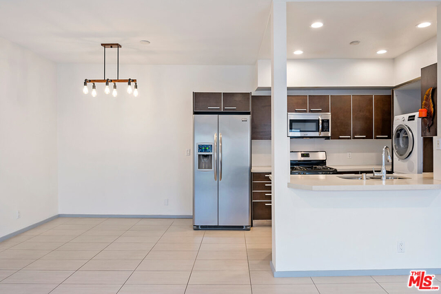 3 Bedrooms, Westwood Rental in Los Angeles, CA for $4,600 - Photo 1