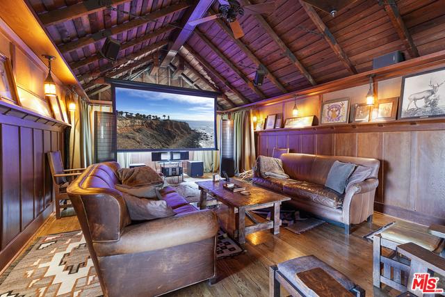 5 Bedrooms, Victoria Park Rental in Los Angeles, CA for $8,995 - Photo 1