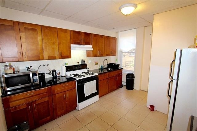 1 Bedroom, McGinley Square Rental in NYC for $1,475 - Photo 1