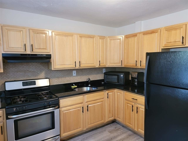 2 Bedrooms, Greenville Rental in NYC for $1,800 - Photo 1