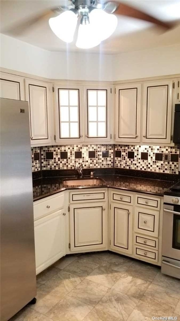 2 Bedrooms, Lindenwood Rental in NYC for $2,300 - Photo 1