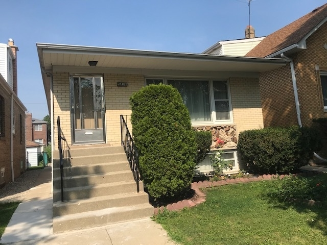 3 Bedrooms, Union Ridge Rental in Chicago, IL for $2,200 - Photo 1