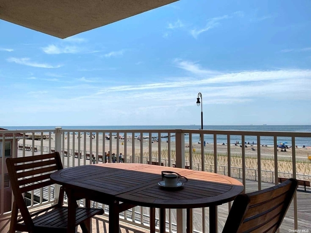 1 Bedroom, Central District Rental in Long Island, NY for $2,250 - Photo 1