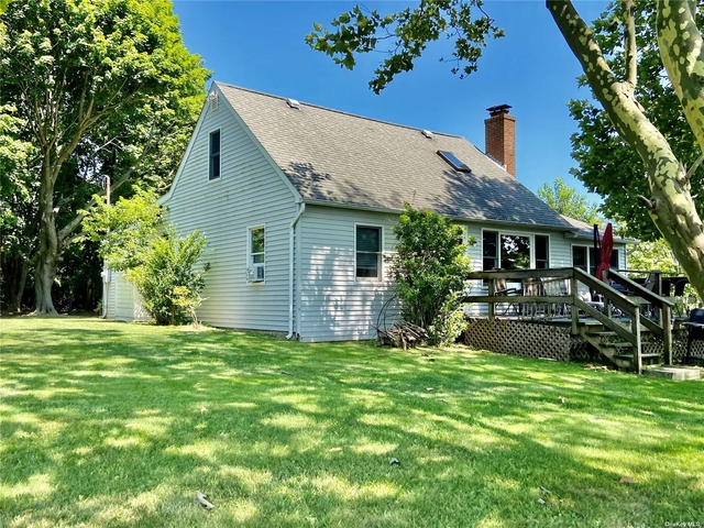 3 Bedrooms, Southold Rental in  for $14,000 - Photo 1