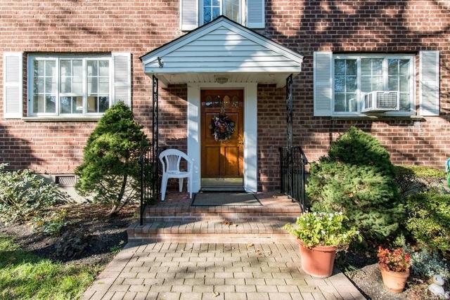 2 Bedrooms, Huntington Rental in Long Island, NY for $3,000 - Photo 1