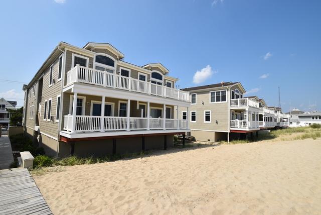 6 Bedrooms, Manasquan Rental in North Jersey Shore, NJ for $9,975 - Photo 1