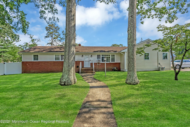 4 Bedrooms, Oakhurst Rental in North Jersey Shore, NJ for $4,200 - Photo 1
