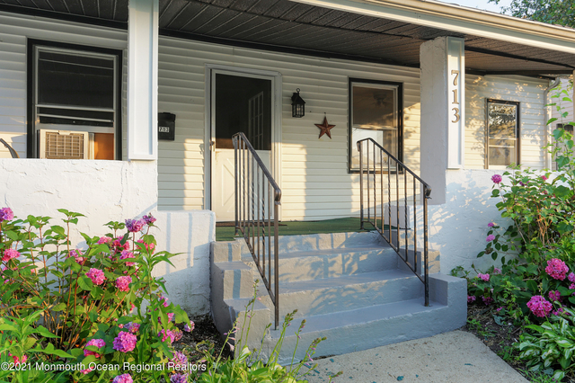 3 Bedrooms, Lake Como Rental in North Jersey Shore, NJ for $2,200 - Photo 1