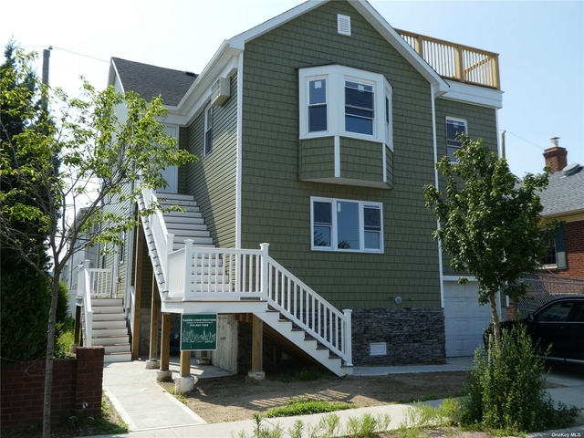 2 Bedrooms, Presidents Streets Rental in Long Island, NY for $2,900 - Photo 1