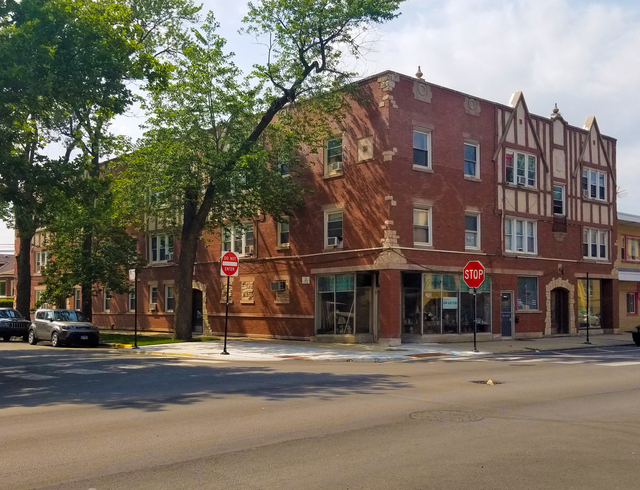 2 Bedrooms, Cragin Rental in Chicago, IL for $1,100 - Photo 1