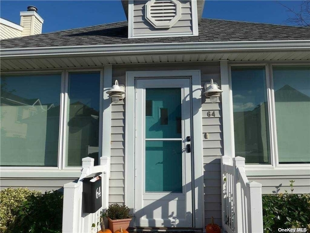 3 Bedrooms, West End Rental in Long Island, NY for $3,000 - Photo 1