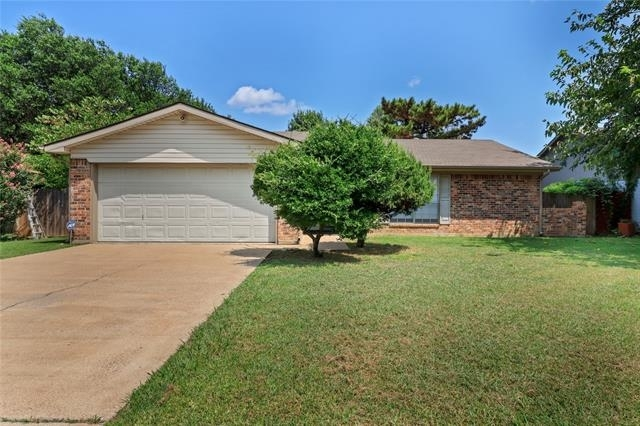 3 Bedrooms, South Ridge Rental in Dallas for $1,795 - Photo 1