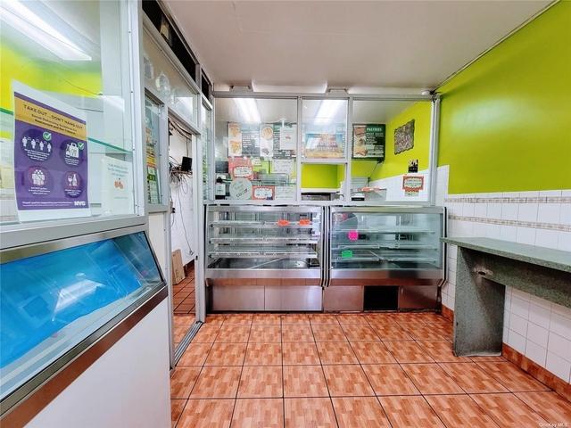 Studio, East Flatbush Rental in NYC for $6,000 - Photo 1