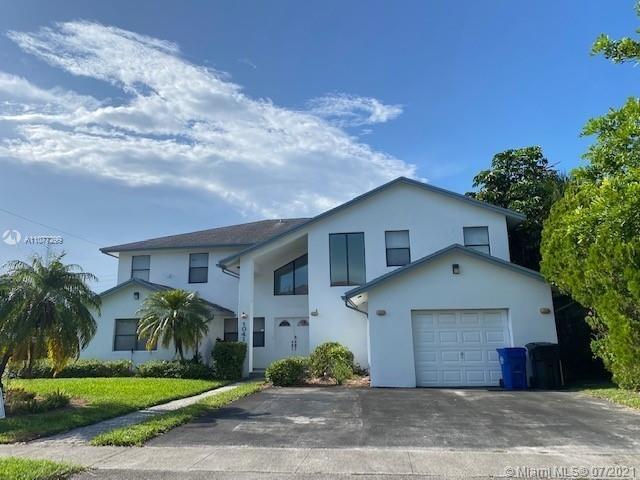 6 Bedrooms, Monticello Park Rental in Miami, FL for $4,500 - Photo 1