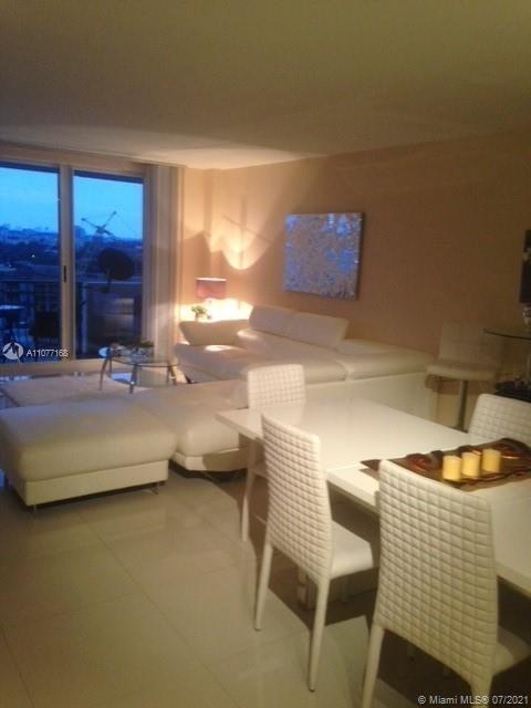 1 Bedroom, Altos Del Mar Rental in Miami, FL for $2,800 - Photo 1