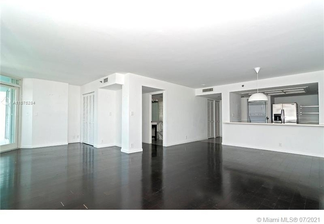 2 Bedrooms, South Pointe Towers Condominiums Rental in Miami, FL for $5,250 - Photo 1