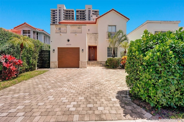 4 Bedrooms, Biscayne Island Rental in Miami, FL for $8,000 - Photo 1