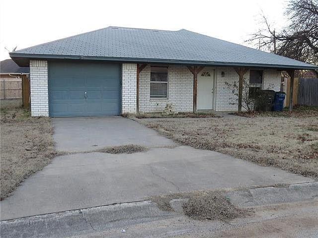 3 Bedrooms, Southwest Estates Rental in Sanger, TX for $1,695 - Photo 1