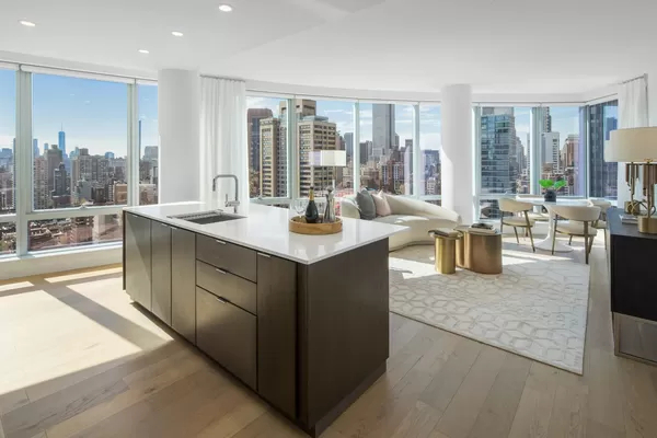 2 Bedrooms, Murray Hill Rental in NYC for $7,720 - Photo 1