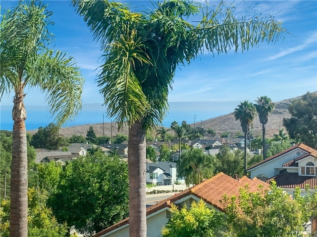 4 Bedrooms, Laguna Heights Rental in Mission Viejo, CA for $6,000 - Photo 1